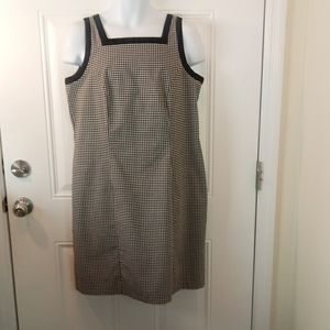 AGB black and white check sleeveless dress